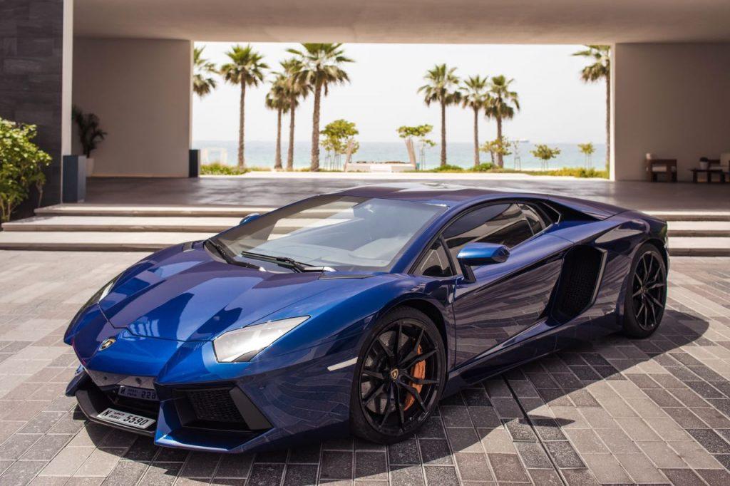 Rent Lamborghini Aventador 2018