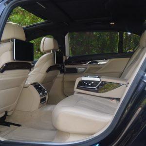 BMW-740-M-2016-Sedan-Black
