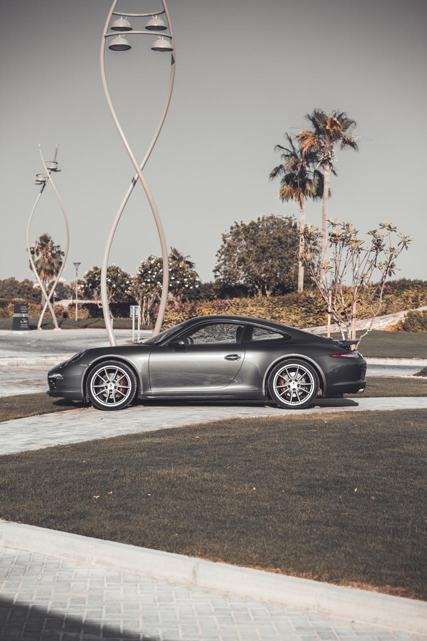 Porsche Carrera 911 4 GTS