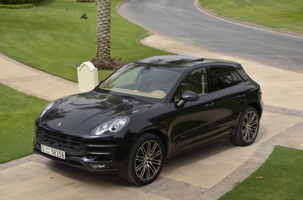 rent porsche macan turbo 2017