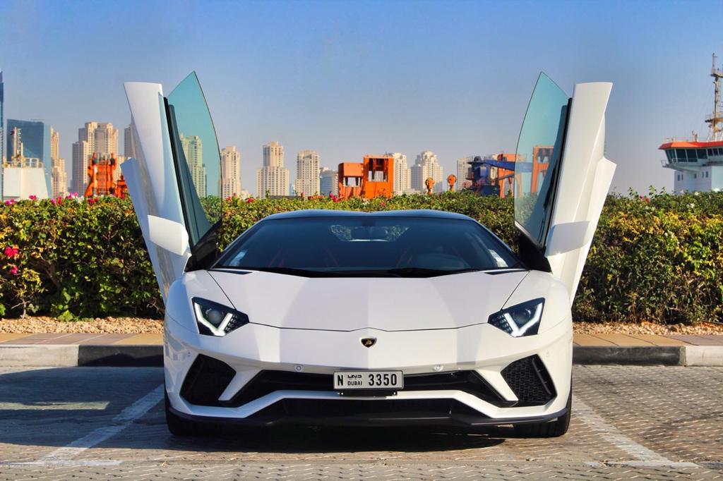 Lamborghini Aventador RoadSter 2019