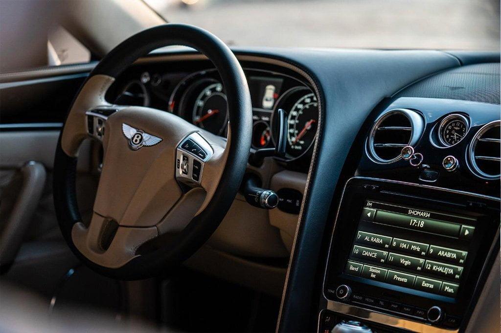 Bentley-Flying-Spur-2019
