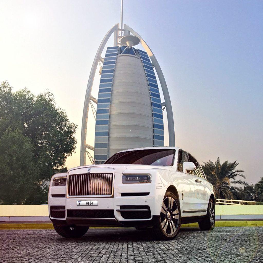 hourly car rental in Dubai